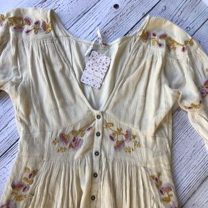 ⭐️NWT⭐️ FREE PEOPLE🌸 EMBROIDERED MAXI DRESS SZ S